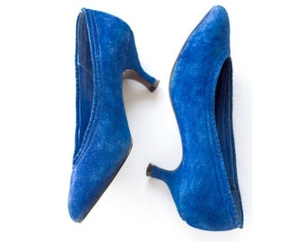 1980s electric blue suede heels SIZE 7 B