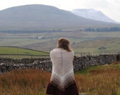 Happe: a triangular half-hap shawl, hand-knitted in pure Shetland wool.