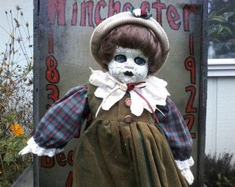 Miss Viola.  Gothic doll, zombie doll