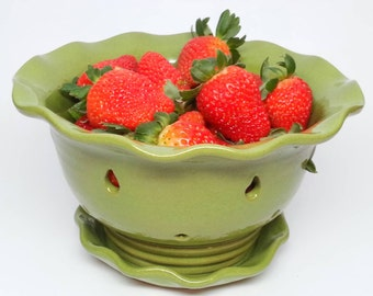 Pottery Fruit Bowl, Berry Bowl, Colander