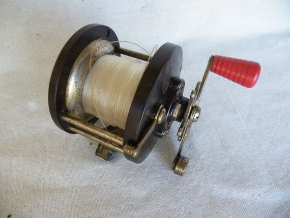Vintage penn reel fishing gear fishing reel deep sea fishing for Penn deep sea fishing reels