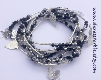 Black and Silver Beaded Charm Bracelet Set with Silver Charms - Semanario pulseras cristal color negras y plateado con dijes de plata