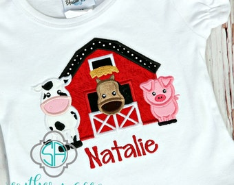 Barn with farm animals appliqué shirt/Perfect for a trip to the farm