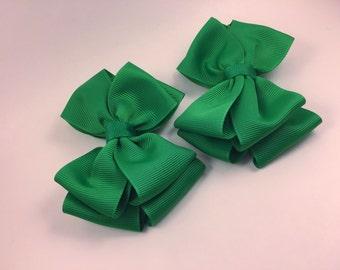 Emerald green piggy set hair bows