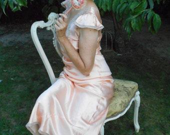 Pretty Peach 1930's-40's Nightgown/Lingerie