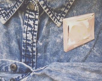 ceramic brooch with platinum decor