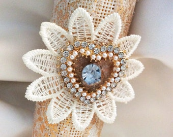 Gold Bouquet Holder , Fold Bouquet Wrap , Bouquet Holder , Bouquet Wrap , Burlap Bouquet