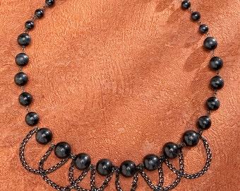 Beautiful Black Necklace Pearls with Black Aluminum <3*