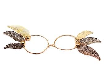 Elegant gold metal wings earrings