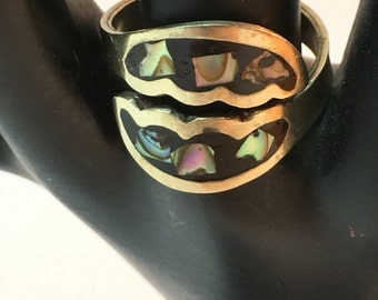 Silver ring with mother of pearl inlay