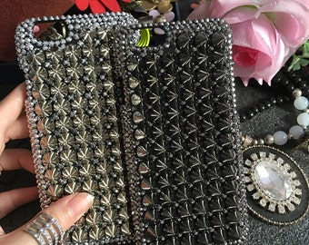 New Bling Punk Rivets Studs Spikes Studded Gunmetal Black Lovely Fashion Crystals Rhinestones Diamonds Gems Hard Cover Case for Mobile Phone