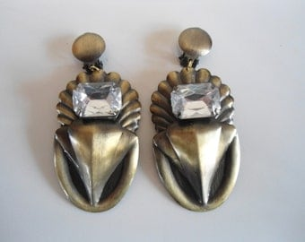 clip on earrings, 80s style vintage earrings.