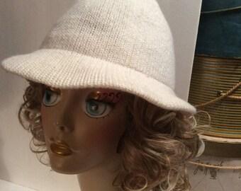 50% Off Sale Vintage White Knit Betmar Fedora Hat
