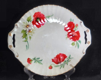 Royal Worcester Bone China Handled Serving Plate in the Poppies pattern