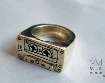 "Ring ""mixtape"" brass size 53"