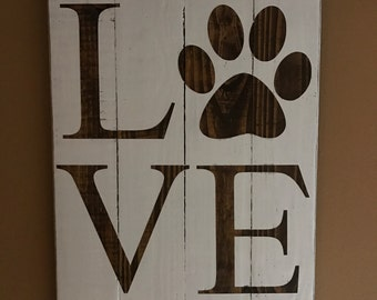 Paw Print Love Sign