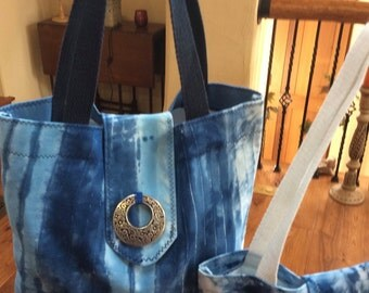 Hand dyed tote bag,shibori dyed tote ,indigo blues tote,cotton tote bag,hand sewn tote,13Wx14Lin tote,navy web handles,shibori dyed cotton