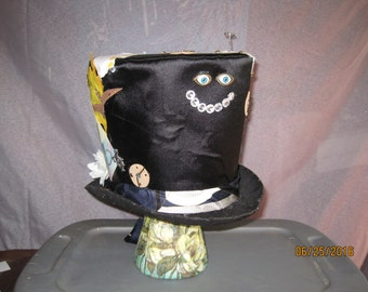 Steampunk / Mad Hatter / Clock / Tail / Clock / Cheshire / White flowers / Gear / Rabbit