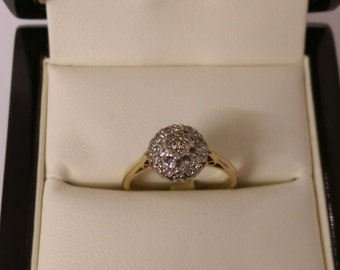 18ct Diamond Cluster Ring Size K.1/2