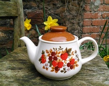 Retro Sadler Teapot Collectible Large English Teapot Strawberries and Blackberries Country Kitchen Cottage Chic James Sadler Made in England