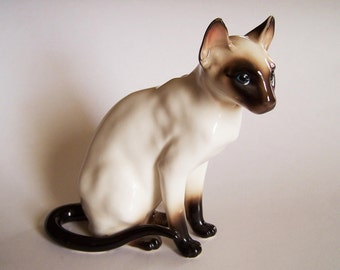 Chocolate Seal Point Siamese Cat - Shafford Company Porcelain Figurine #104 - Made in Japan ca. 1950s