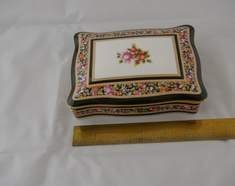 Wedgwood Clio Card Box