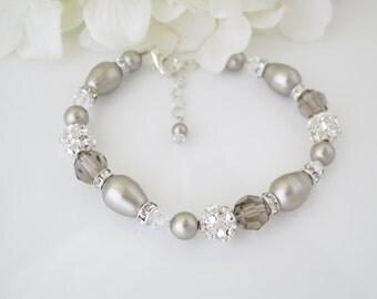 Wedding bracelet, Platinum pearl wedding bracelet, Swarovski pearl and crystal bridal bracelet, Pearl teardrop and rhinestone bracelet