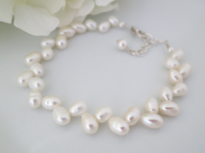 Freshwater pearl wedding bracelet, Herringbone pearl bridal bracelet, Vintage style wedding bracelet