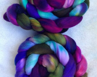 merino wool, hand dyed spinning fiber, kettle dyed felting fibre, thrums, 4oz, 'I cant feel my face'