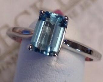 Vintage 14k white gold Emerald Cut Aquamarine Solitaire Ring 1.00 ct size 6.5