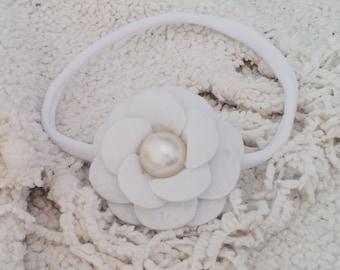 Nylon headband, White felt flower, Baby girl headband, Newborn headband, White headband, Cream headband, One size fits all, Felt flower