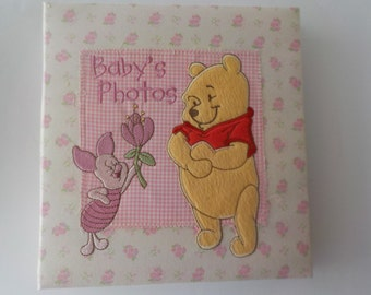 """Winnie the Pooh Baby's First Photo Album Pink Rosebud Cloth Bound Holds 200 4"""" x 6"""" Photos"""