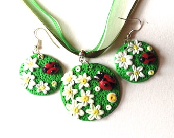 Flower Ladybug ornament, white flowers, floral during,.