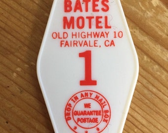 New! Red and Black printed  PSYCHO BATES motel room 1 keychain, key fob horror Movie Prop (white lettering)