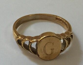 Vintage Gold Signet G Ring