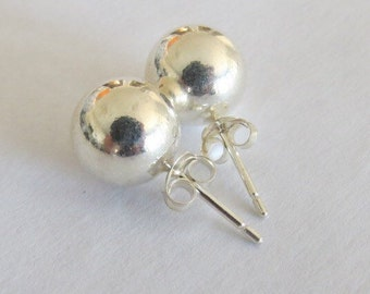 Pair of Vintage Sterling Silver 10mm Hollow Ball Earrings