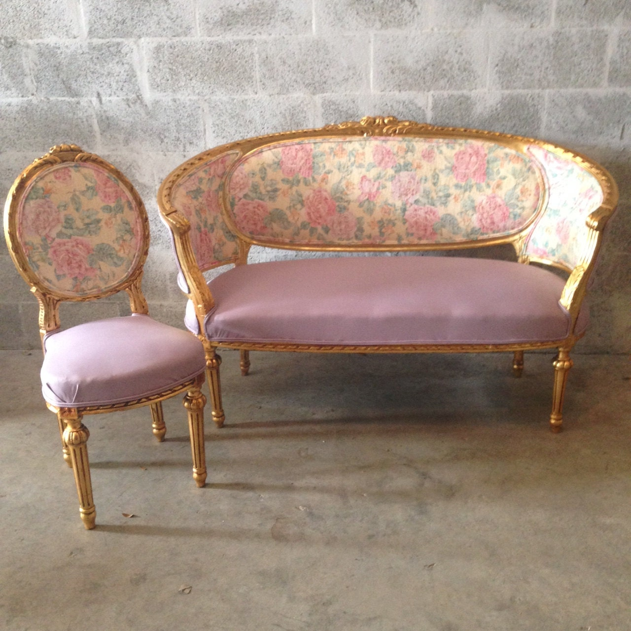 Photo Collection Gold Chairs Floral Fabric