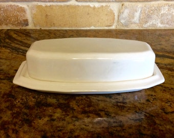 Vintage Pfaltzgraff Heritage White Covered Butter Dish