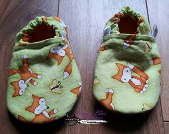 Ready to ship!!! Baby 9-12 months crib shoes/soft shoes