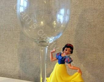 Snow white decorated Wine glass
