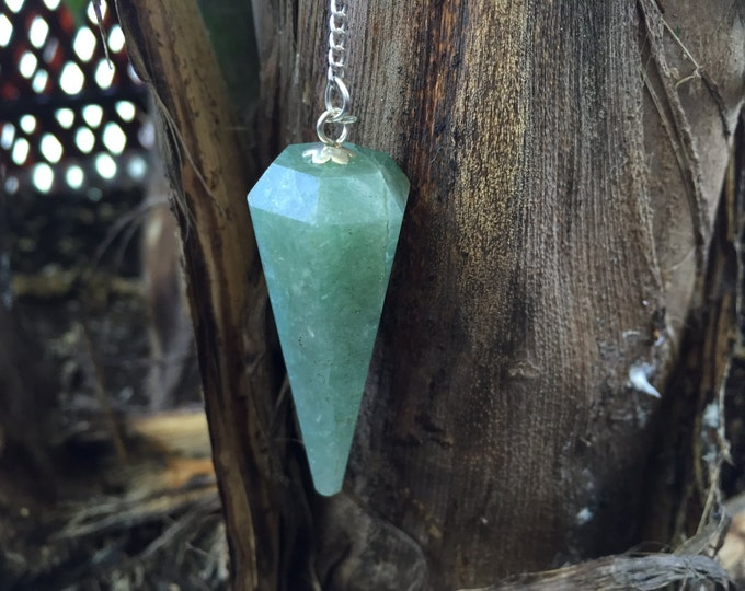 Green Aventurine Crystal Pendulum, Dousing Tool infused with REIKI//Christmas Gift