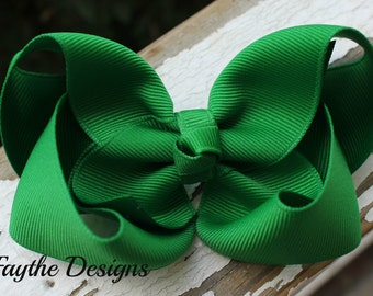 Emerald Green 4 inch Twisted Boutique Hair Bow, Emerald Green Hair Bow, Green Hair Bow, Emerald Green, Green, Hair Clip, Twisted Boutique
