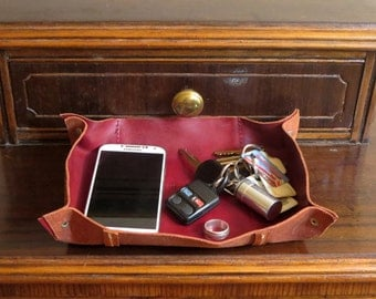 Spring Sale Scarlet Red Leather Valet, Desk Organizer, Jewelry Tray, Or Bedside Pocket Catchall Bin- Very Cool- EUC