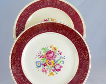 Pair of Grenville potteries 'Grenville Ware'  medium plates, floral and burgundy pattern, from the 1940s