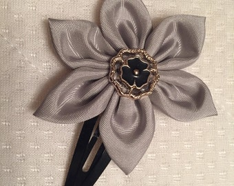 Large hair clip.