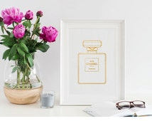 Coco Chanel Perfume Print / Chanel Printable / Fashion Poster / Fashion Wall Decal / Chanel Picture / Chanel Perfume Bottle Printable