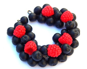 Charm Bracelet, chokeberry, raspberry, handmade2016, unique gifts, berry,  red berry, red, natural, black, black berry, summer bracelet