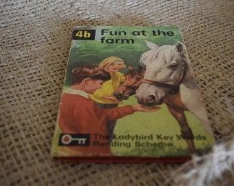 4b Fun at the Farm. Ladybird Key Words Reading Scheme. Peter and Jane.