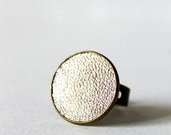 Ring 20 mm leather Golden