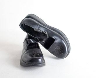 Vintage Dansko 90's Black Leather Clogs Size 38